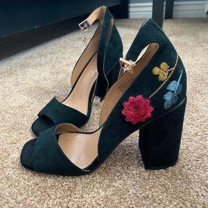 nanette lepore black floral heels